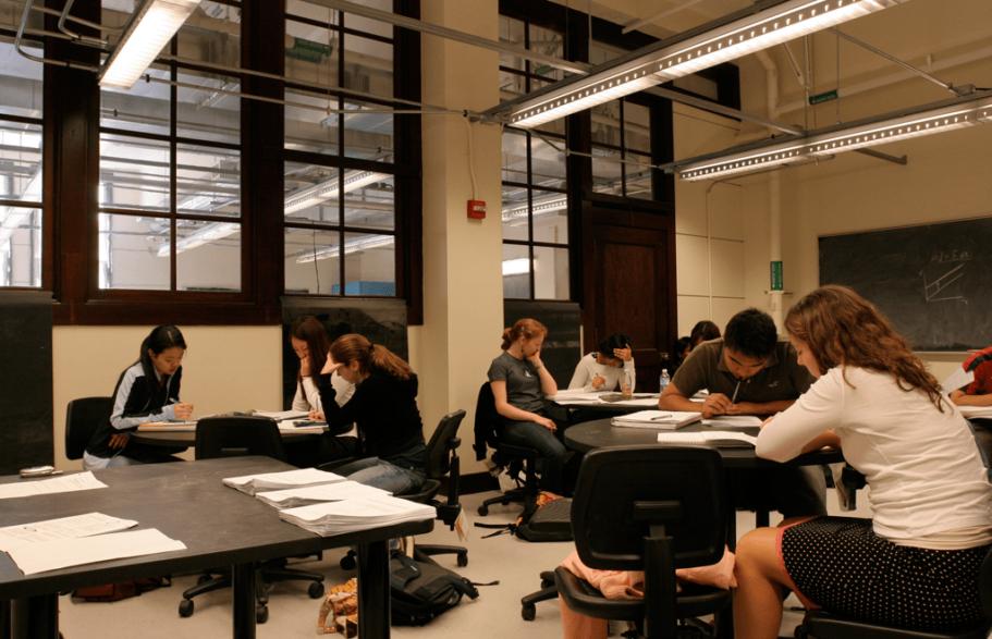 le-conte-interior-classroom
