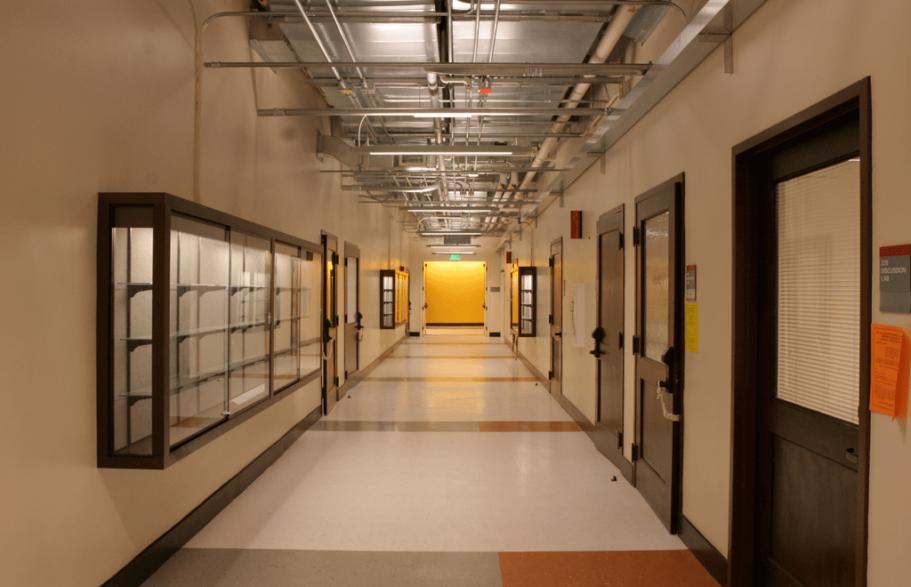 le-conte-interior-hallway3
