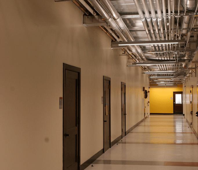 le-conte-interior-hallway4
