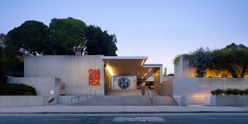 oak-museum-exterior-front