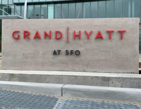 sfo-hyatt-front-sign